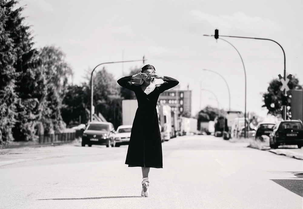 """""""first steps"""" – Tanzfotographie von Thomas Bünning"""